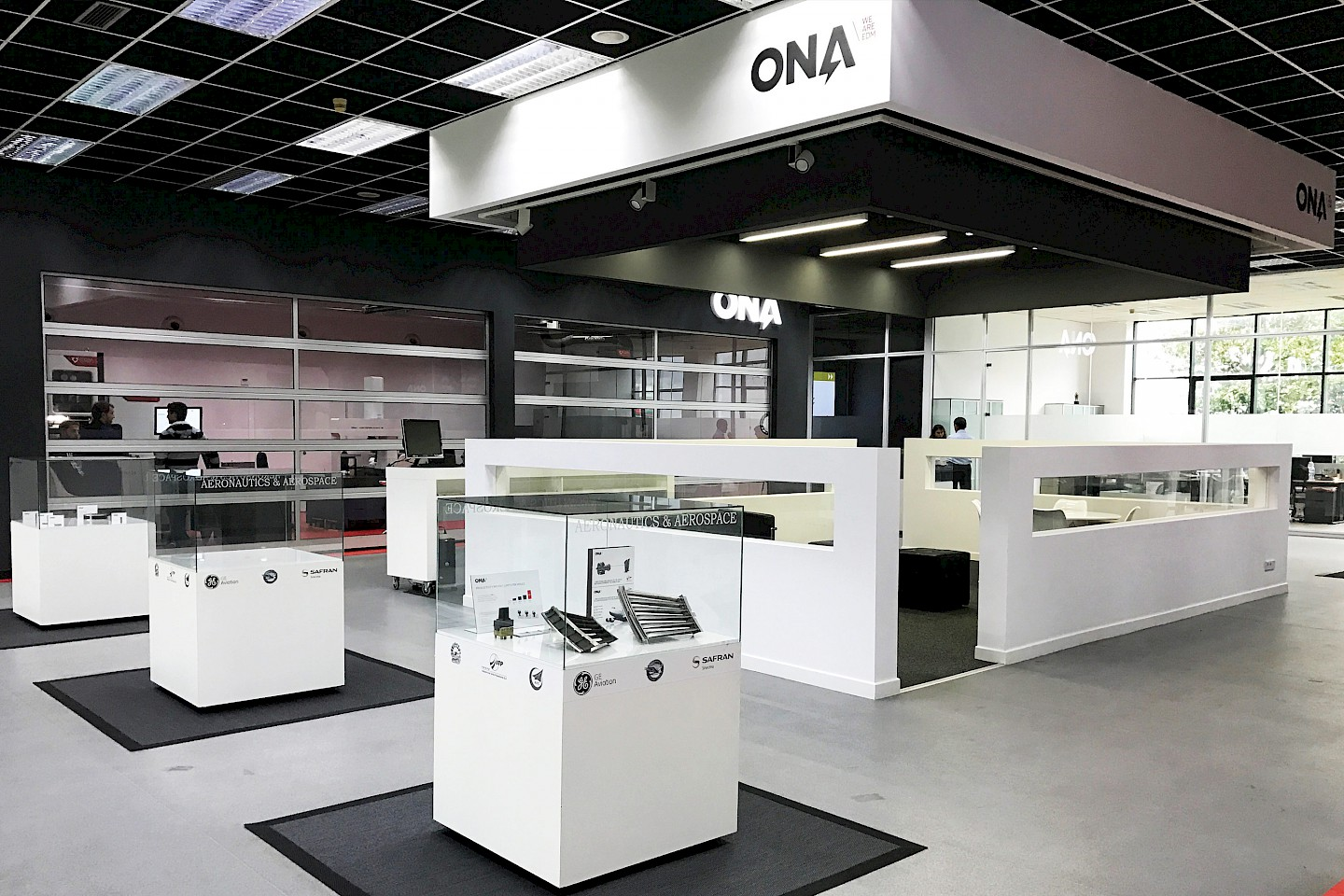 interiorismo technology digital 02 branding stand narrative spaces move ona design