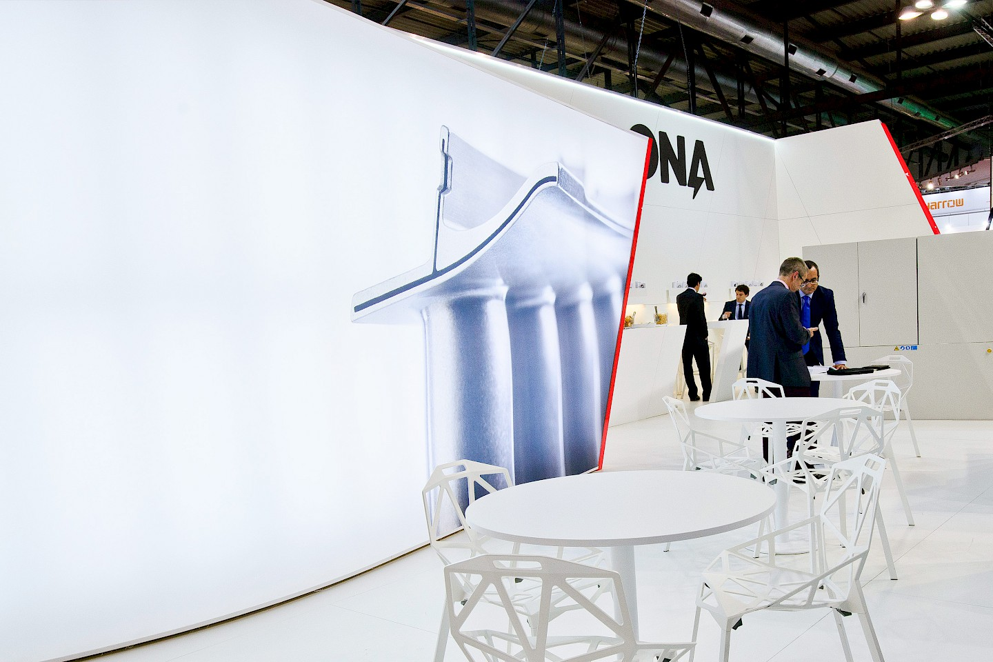 interiorismo narrative 05 design move digital stand branding ona spaces technology