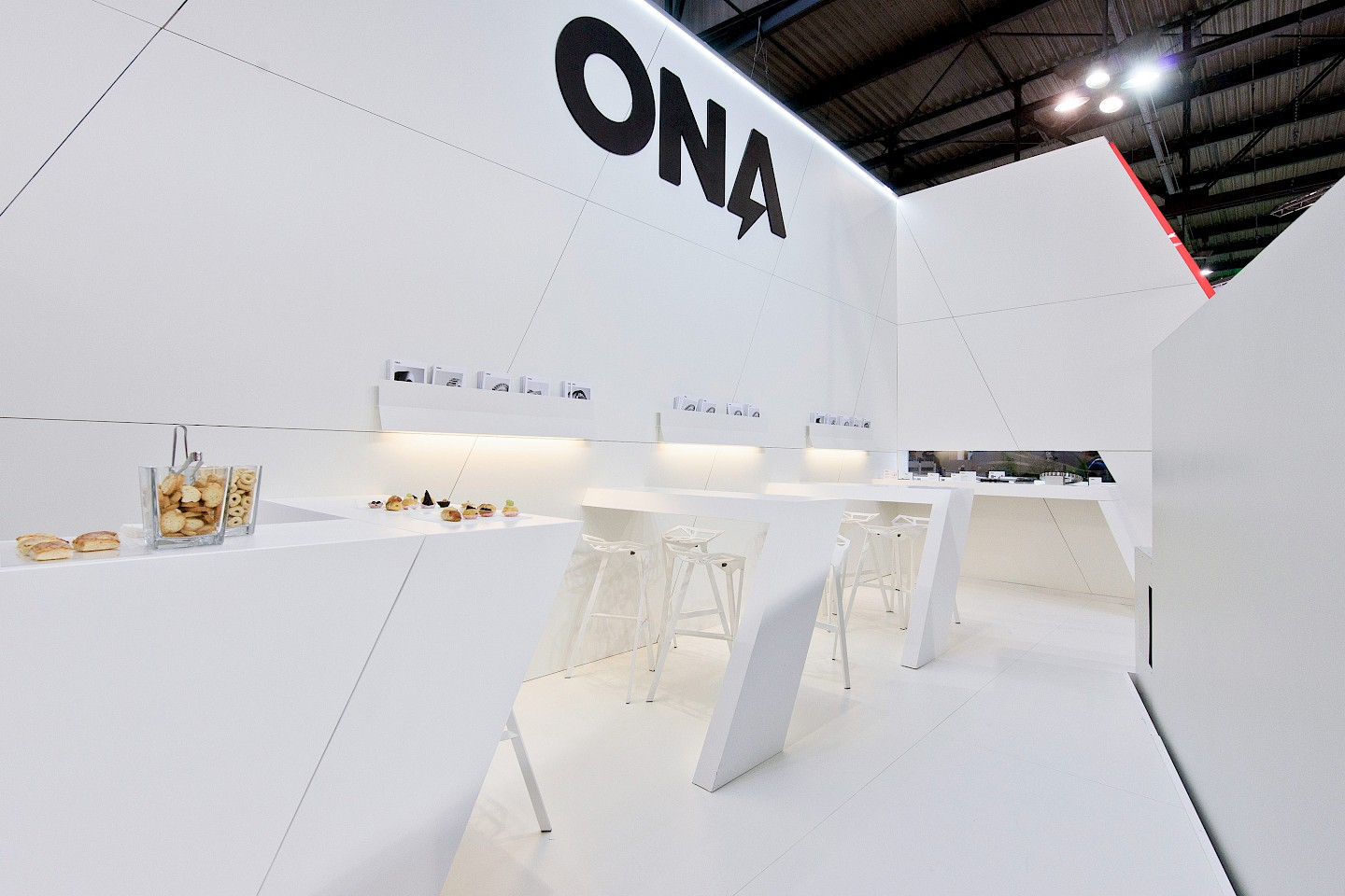 interiorismo stand narrative ona spaces digital design 06 technology branding move