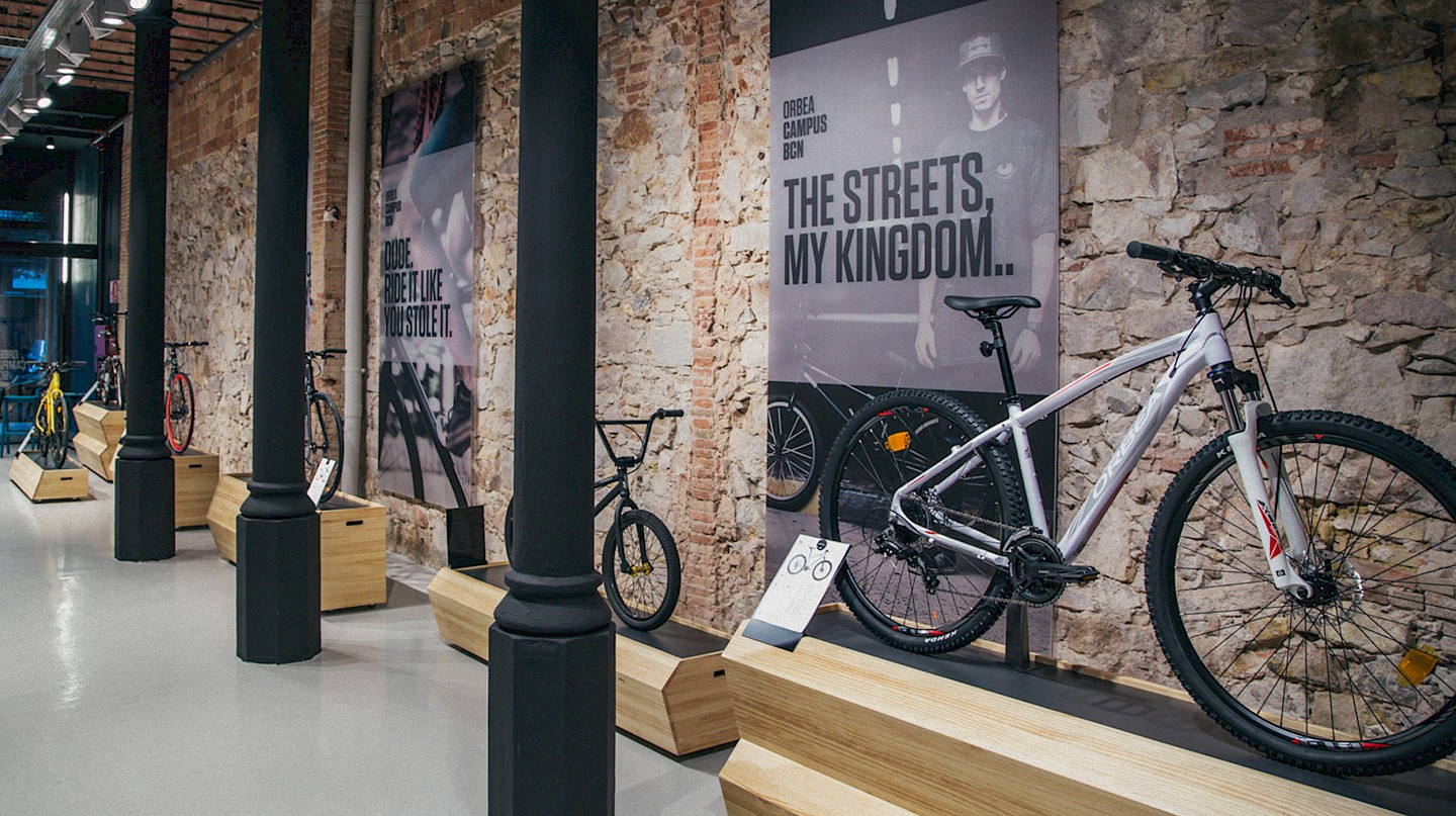 move orbea spaces interiorismo lifestyle 04 branding narrative shop sports design