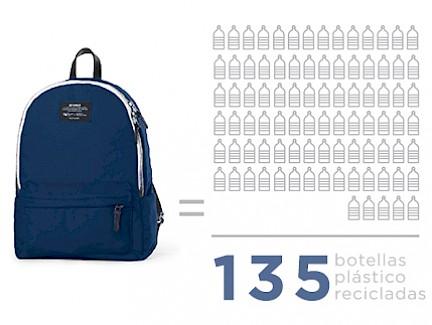 ecoalf_upcycling_worldwide_infografia_botellas_plastico_recicladas
