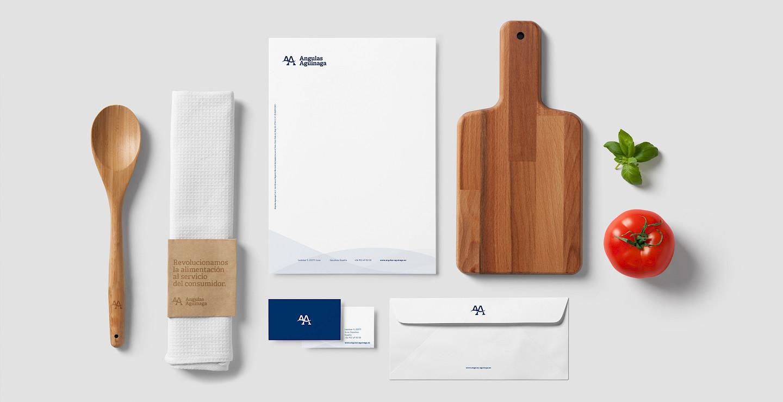 branding angulas design papeleria aguinaga move